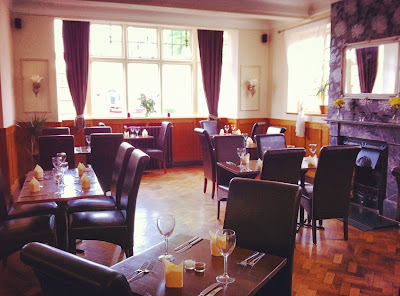 Known As A Good Family Pub And The Gardens Were Renowned For Being Excellent Children To Play In But At Times Over Years Beehive Has Had