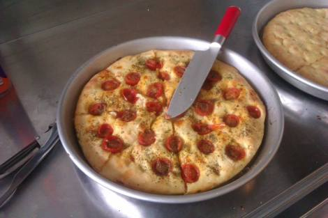 Fised  - focaccia with cherry tomatoes